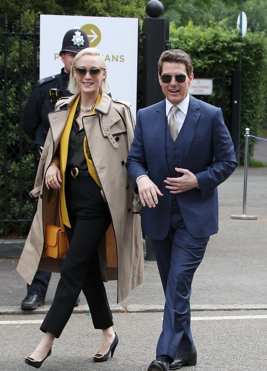tom-cruise-wimbledon-with-his-mission-impossible-co-stars-05